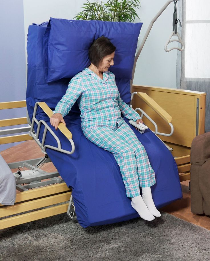 Letto elettrico rotante e motorizzato per anziani e disabili con alzata assistita