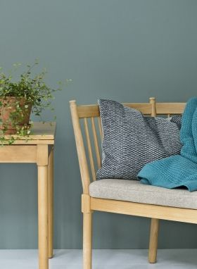 StrikAholic - Weave Knit Cushion and Basket Weave Blanket ambiance 1