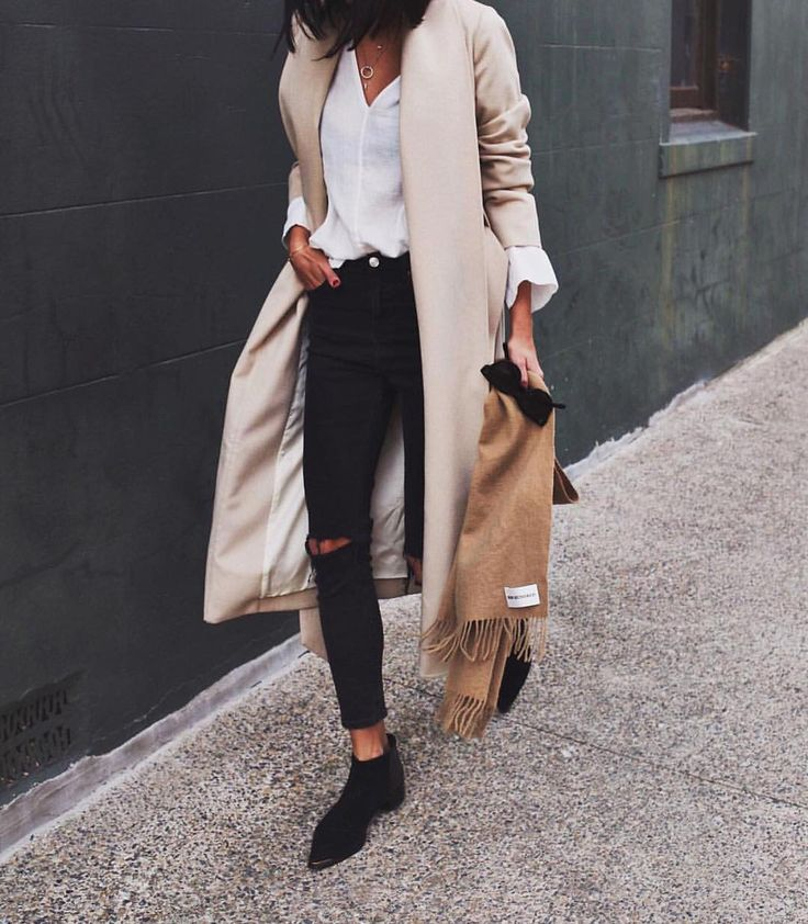 Para caminar horas y horas el centro buscando algo para tu trabajo. Mmm...no no, definitibamente no, stilettos negros o nada.