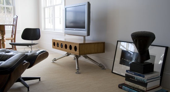 Unique TV platform made with Kee Klamp fittings ...