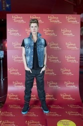 Metro Apartments on Darling Harbour: Justin Bieber revealed at Madame Tussauds Darling Harbour