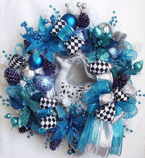 Christmas wreath, pretty but I don't like blue for Christmas.