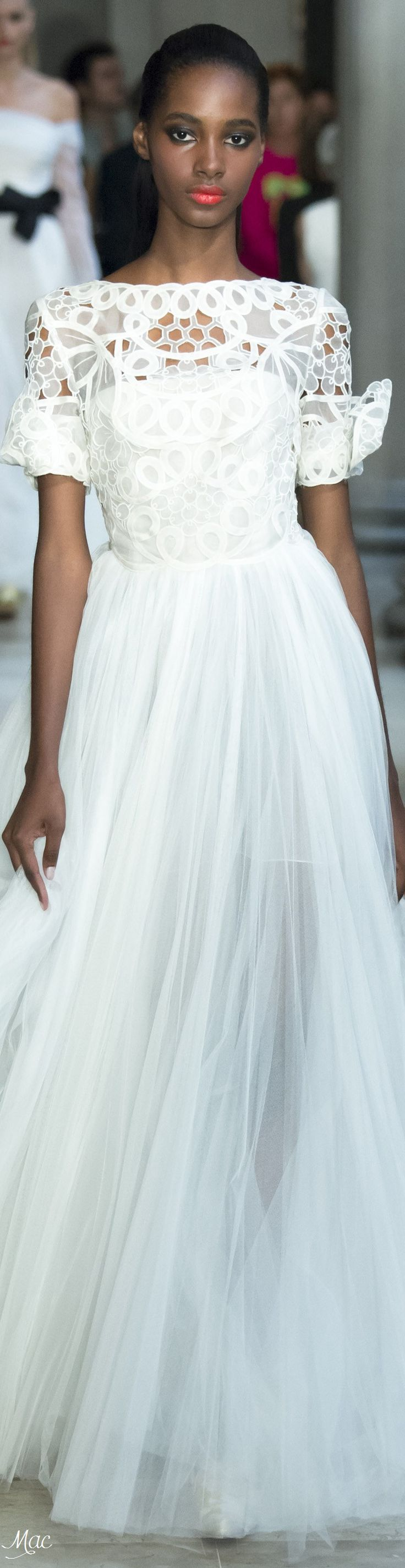 1250 best CATWALK images on Pinterest   Fashion show, High fashion ...