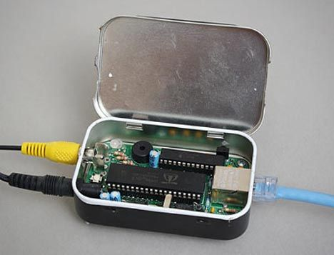 Altoids Tin Computer Okay! The Altiods tin thing is just getting out of hand! Lol!