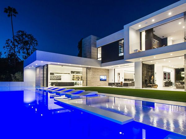 Enchanting Infinity Pool Graced In The Beverly Grove Residence In California Part 62