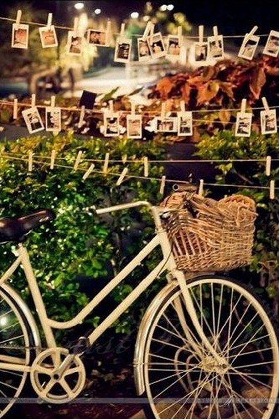 rustic bike wedding decor / http://www.himisspuff.com/bicycle-wedding-ideas/7/
