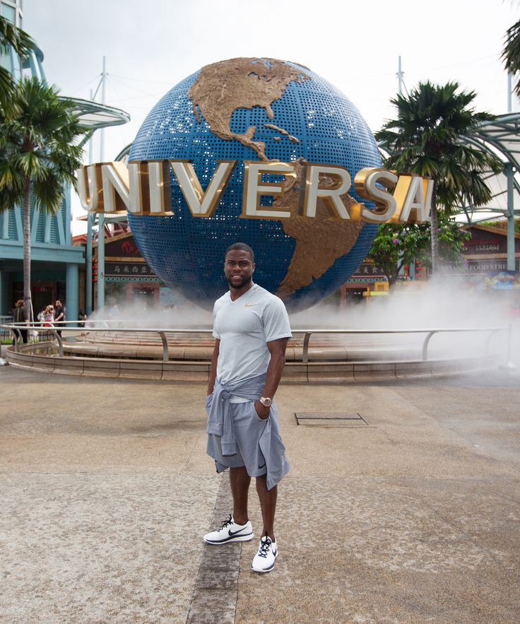 Funny man Kevin Hart visited us at Universal Studios Singapore earlier this month. He had a great time with the Minions and on Jurassic Park Rapids Adventure too!