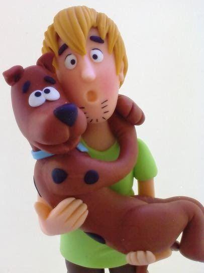 Ateliê Alessandra Caldeira Modelagem em Biscuit: Salsicha e Scooby