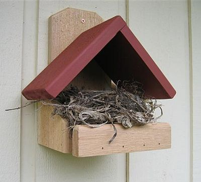 Another robin nesting platform that looks pretty simple to make.