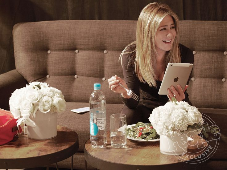 Exclusive Pictures of Jennifer Aniston's Latest Shoot