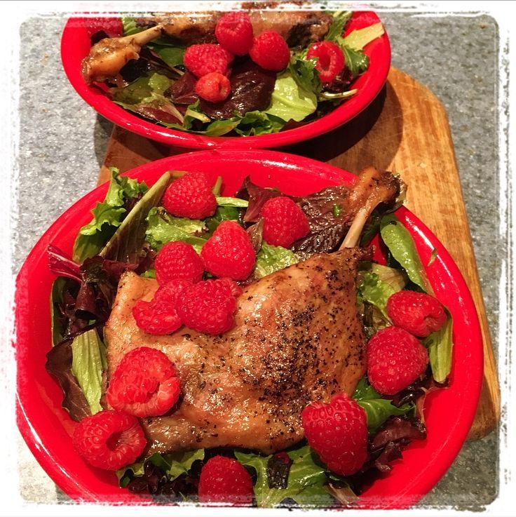 Canard confit...salade vinaigrette framboise