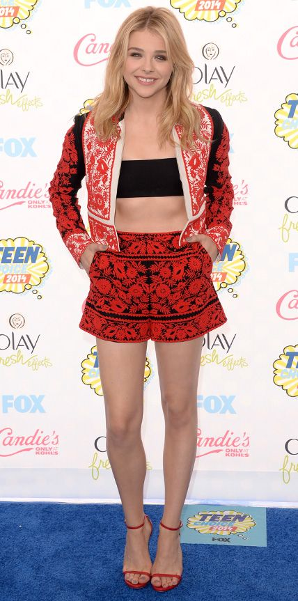 CHLOE GRACE MORETZ gave coordinated looks a twist with complementary patterns and a daring tube top at TCA 2014