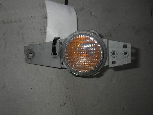 DAIHATSU TERIOS RIGHT BUMPER LIGHTS 2000 TO 2001