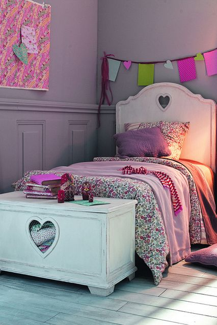 Liberty Lilac - Girls Bedroom Ideas - Furniture, Wallpaper, Accessories (houseandgarden.co.uk)