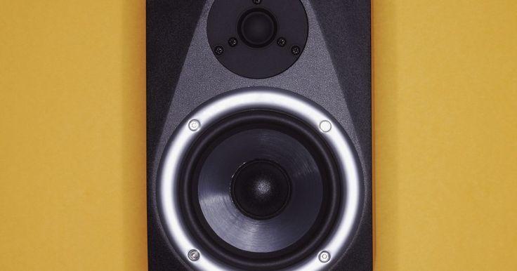 Manual de ligação de alto-falantes. A qualidade, tamanho e tipo do fio que você escolher para ligar os alto-falantes em seu aparelho de som, irá afetar o desempenho do sistema. O foco do sistema de áudio é de alta qualidade de reprodução do som gravado enquanto o foco para a ligação do alto-falante é para minimizar a degradação do sinal de alta qualidade. Planeje cuidadosamente e ...