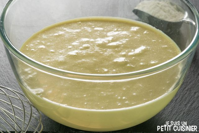 Comment faire la pâte à frire et obtenir des beignets croustillants et moelleux. Pour des crevettes, des calamars, du poisson ou des légumes. Recette facile
