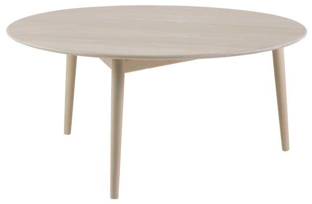Norrgavels Svanenmärkta soffbord har en osökt enkelhet men saknar inte finess. På ett omsorgsfullt utformat benstativ i ek, svävar den härdade glasskivan.