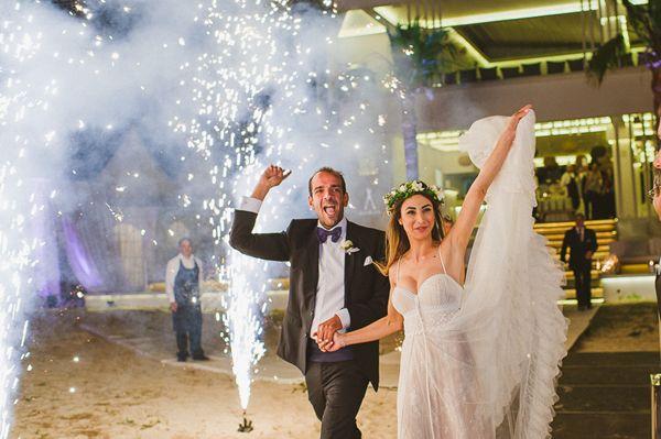 http://www.love4weddings.gr/elegant-wedding-cyprus/
