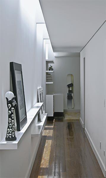 Madeira, pedra e sisal na arquitetura contemporânea desta casa de amplos espaços e linhas retas - Casa