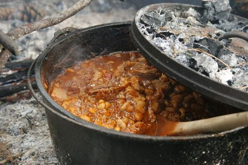 How To Make Chili In A Dutch Oven