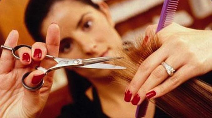Mon Astuce de Grand-Mère pour Faire Pousser les Cheveux plus Vite.