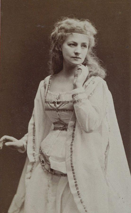 Polish actress Helena Modrzejewska