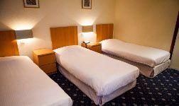 Hotel Saint Nicolas is gelegen in het hart van Brussel, op 3 minuten lopen van de Grote Markt. Het hotel biedt gratis WIFI en een dagelijks ontbijtbuffet.