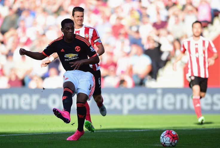 Martial shows he can replace Van Persie for Manchester United - Simon Bajkowski - Manchester Evening News