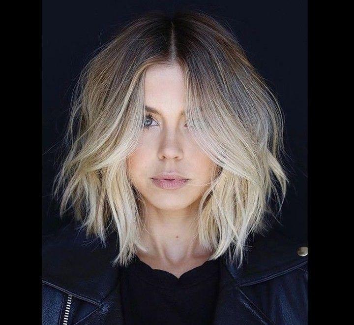 30 stilvolle kurze Frisuren für Frauen und Frauen: lockiges, gewelltes, glattes Haar