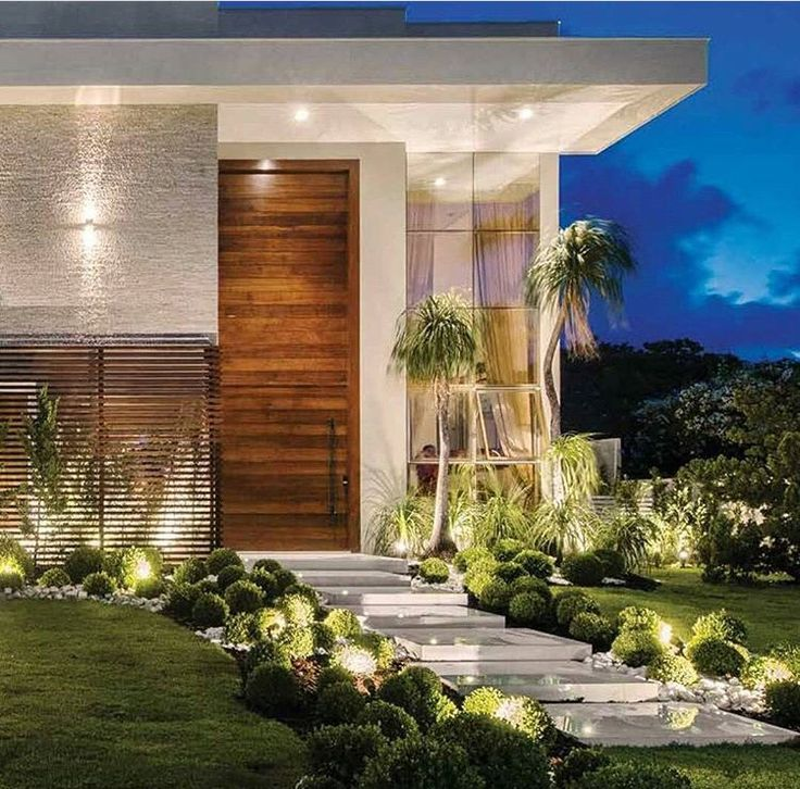 House Design, Instagram, Contemporary Homes, Facades, Architecture, Be  Happy, Entrance, Landscaping, Green
