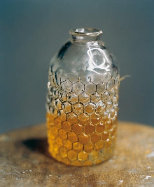...honey jar...love the looks of this jar...