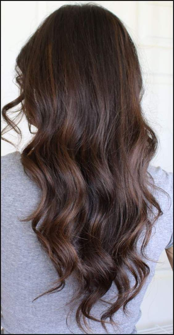 Auburn Balayage Highlights on Brunette Hair | Locken, Herrin und ... | Einfache Frisuren