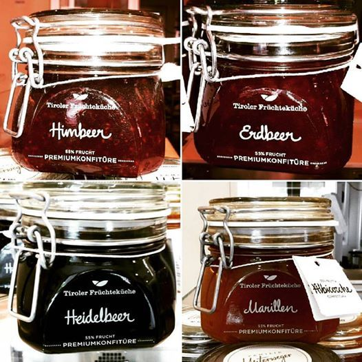 Golosissime mamellate al lampone, fragola, mirtilli neri e albicocca! ;) Fantastic marmalades! Tastes: raspberry, strawberry, blueberry, apricot #marmellata #lampone #fragola #mirtillo #albicocca #madeinaustria #marmalade #raspberry #strawberry #blueberry #apricot