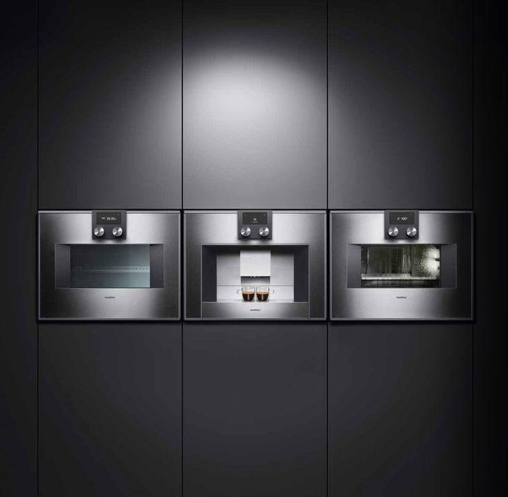 #Hornos de la #Serie400 de #GAGGENAU, líderes en su clase. Disposición horizontal de un horno microondas y un horno combinado de vapor con un elegante módulo de cafetera automática en medio. #ZelariDeNuzzi