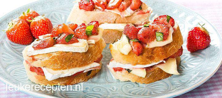 Recept - Toast met aarbeien en brie - met Zonnigfruit