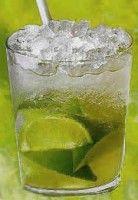 Caipirinha. Enorm lekkere cocktail uit Brazilië! Een limoen cocktail die sfeerverhogend is. Vroeger werd deze cocktail gedronken als griepverjager. (dat is dan weer mooi meegenomen)
