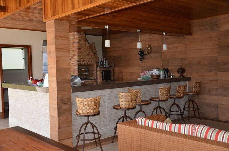 Que materiais podem ser misturados? : Piscinas rústicas por Solange Figueiredo - ALLS Arquitetura e engenharia