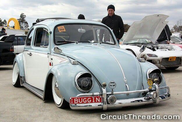 Slammed Volkswagen Bug!