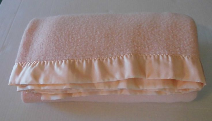 Vintage Peach Bed Blanket 80 x 69 Cottage chic bedding - acrylic blanket satin binding USA by flyingdollar on Etsy