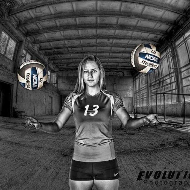 volleyball Senior Portrait Poses | Senior portrait. Girls volleyball | Sports Photography Poses and Insp ...