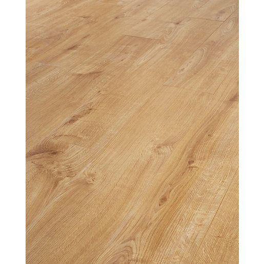 17 Best Ideas About Oak Laminate Flooring On Pinterest