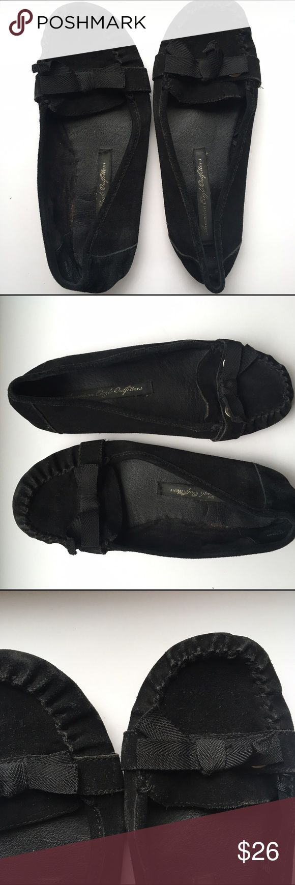 American Eagle Outfitters Black bow Loafers American Eagle Outfitters Black loafers. Comfortable with cute bow across toes. American Eagle Outfitters Shoes Flats & Loafers