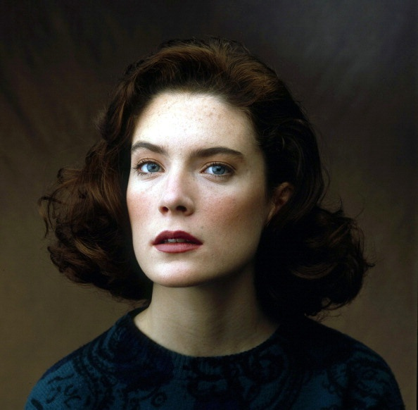 Lara Flynn Boyle-Donna Hayward-twin peaks