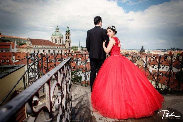 #prewedding #vrtbagarden #StNicholasChurch