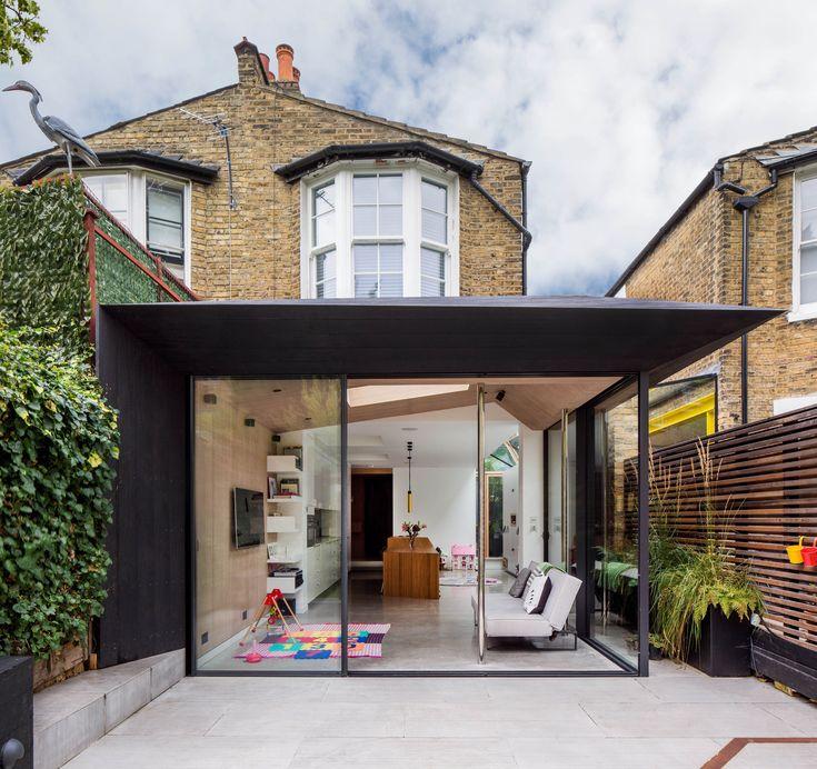 Acute Intervention / David Stanley Architects + Romy Grabosch