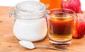 zakwaszenie organizmu 1/3 łyżki oczyszczonej sody 2 łyżki świeżego soku z cytryny lub octu jabłkowego Przyrządzenie i spożycie: Wymieszaj składniki z sobą (uwaga zaczną się pienić) Poczekaj, aż proces pienienia zatrzyma się, a następnie dodaj 16 łyżek wody Wypij całość za jednym zamachem.   Źródło: http://www.zdrowyportal.org/2130/zakwaszenie-organizmu-najlepszy-przepis-odkwaszenie-organizmu/