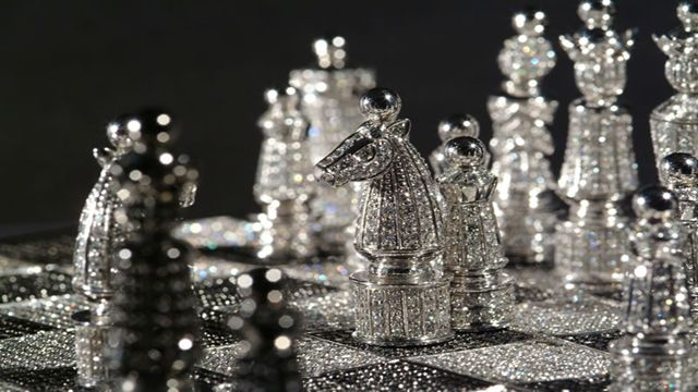 Chess Set: Charles Hollander Having a price tag of $600,000, and with 320 carats of black and white diamonds only seven of these luxury chess sets have ever been created. Although another set known as the Jewel Royale has been rumored by some websites to be the most expensive in the world at $9.8 million it was never actually created and remains little more than a concept.