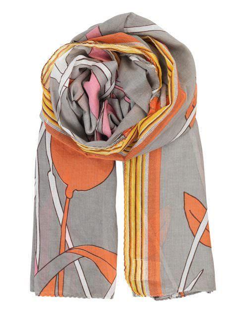 Beck Söndergaard Tuch Vauban, Feines Baumwolltuch von Beck Söndergaard mit großflächigem, floralen Muster. Der leichte Stoff besteht zu 100% aus Baumwolle. Die warmen Farben sind toll zu kombinieren und sind ideal für die kommende Saison.