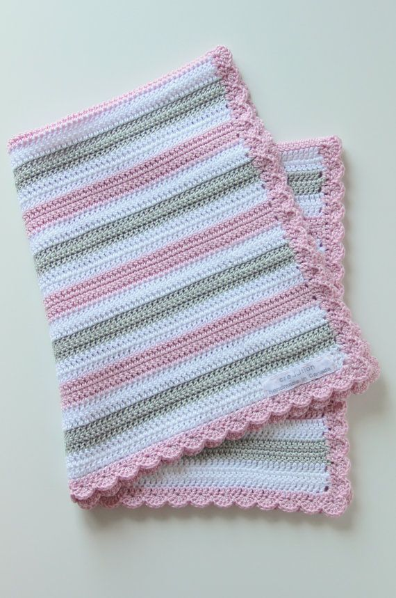 Crochet pattern baby blanket by creJJtion on Etsy, €7.00  Can easily make this myself.  Double Crochet and a border.
