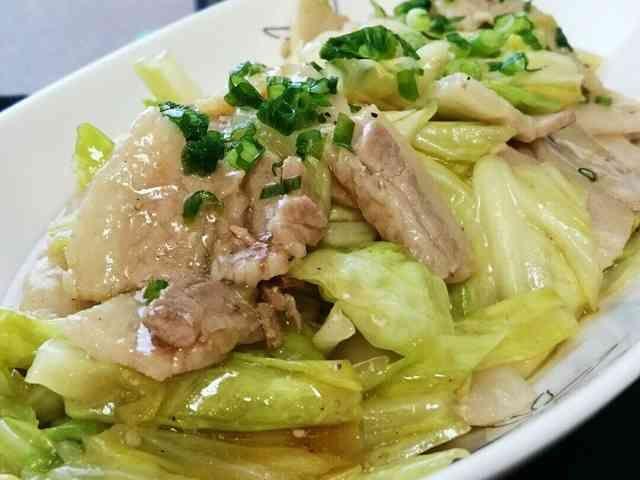 ご飯が進む!!豚バラとキャベツの中華炒めの画像